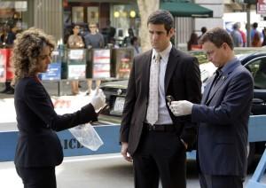 CSI-NY-Episode-5-04-Sex-Lies-And-Silicone-Promotional-Photos-csi-ny-2395821-2560-1805