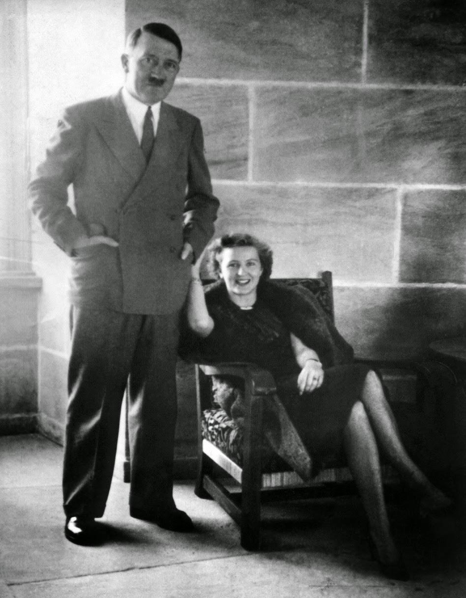 Adolf Hitler (26)