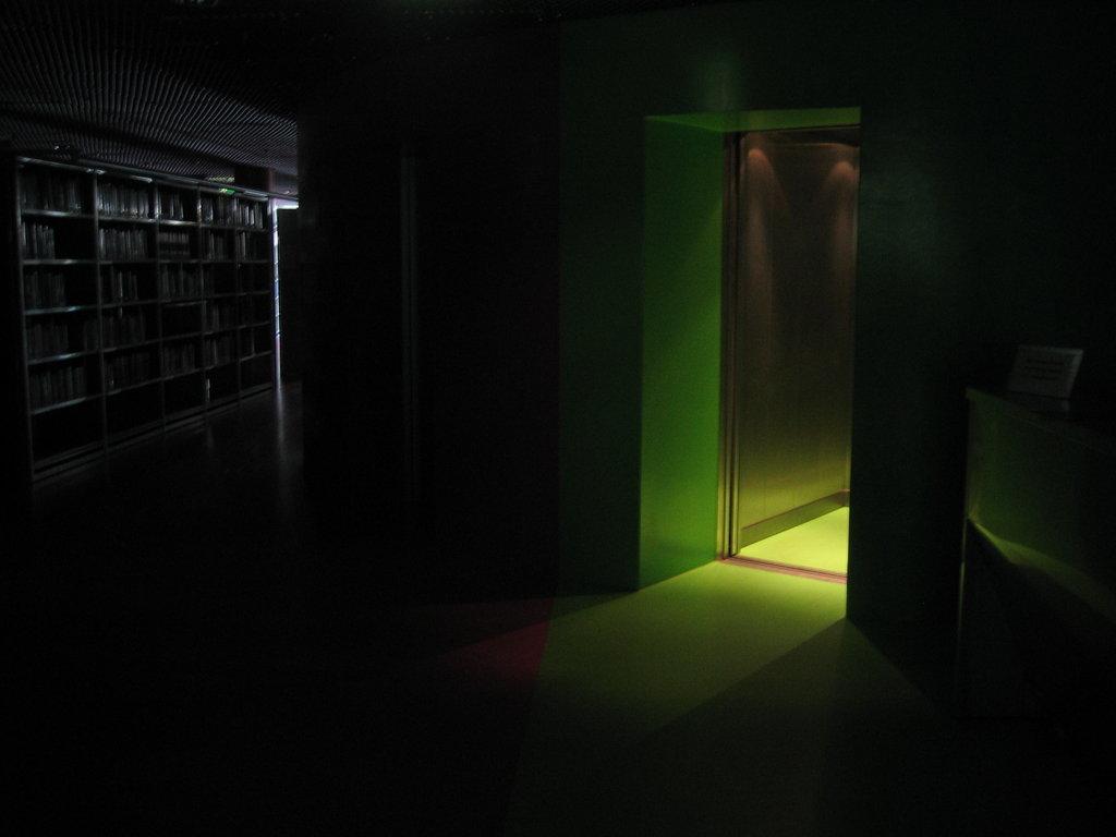 creepy_elevator_2_by_mihraystock