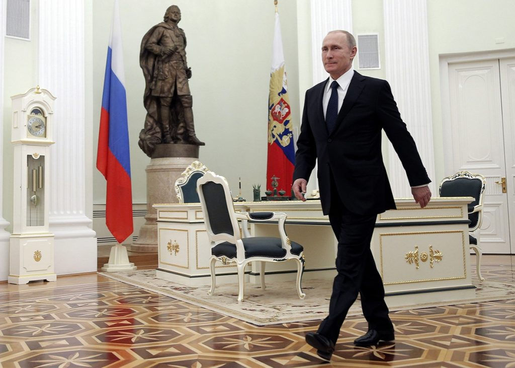 151214_medex_putin-walking-jpg-crop_-promo-xlarge2