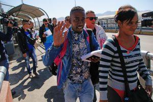 hoyla-usa-inmigrantes-cubanos-comienzan-a-llegar-a-estados-unidos-por-mxico-20160225