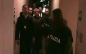 yarri_arrestado_pasillo_460x290